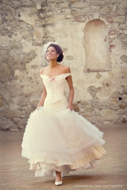 Joan Shum Love in the Mist Short Gown