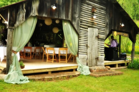 Corn crib decorated for a wedding at Apple Hill Farms