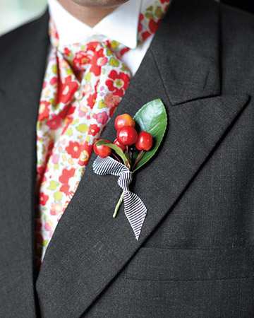 colorful ascot with berry boutonniere