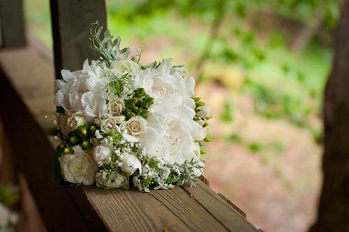 Bouquet on wooden rail