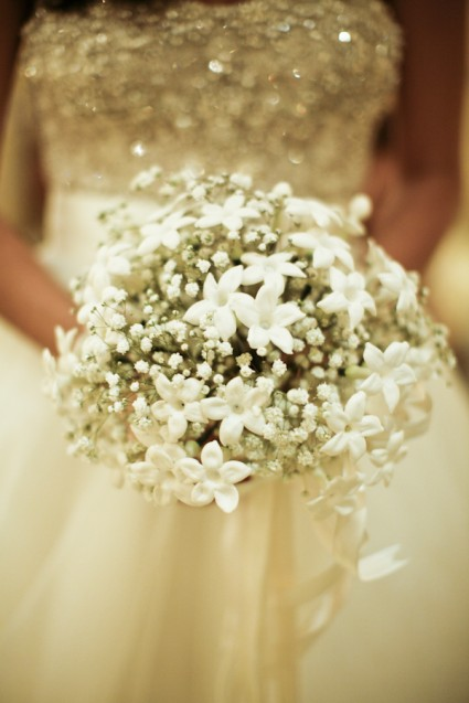 babys breath in bouquet