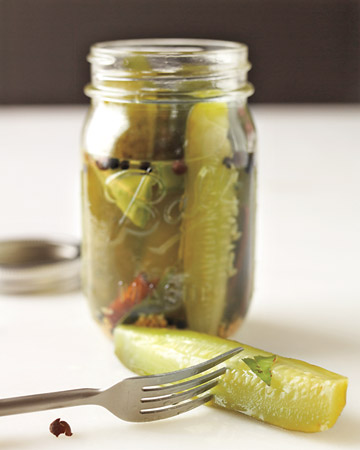 Quick and easy pickle favors