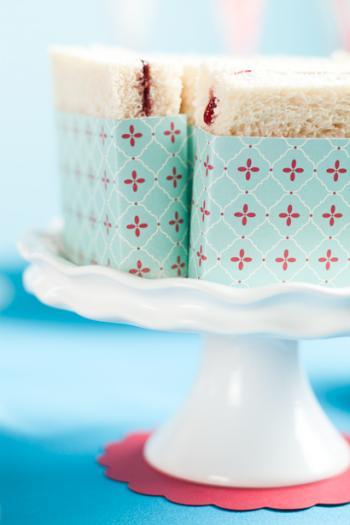 pretty wrapped sandwiches