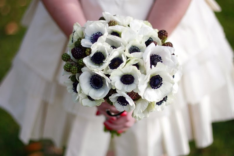 anemone and berry bouquet