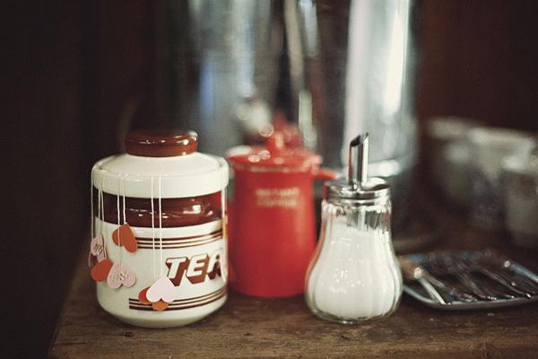 Kitschy mid-century modern tea crock