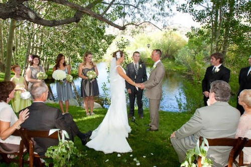 bride and groom marry under the aspens at rainbow tarns