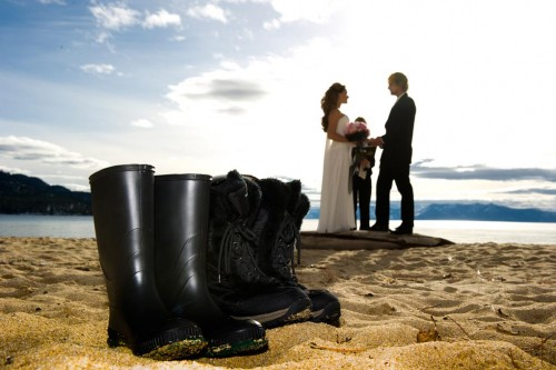 Bride and groom elope at a mountain lake