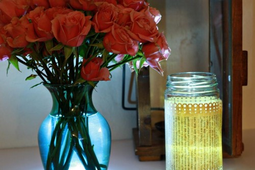 paper wrapped jar with led light near spray roses