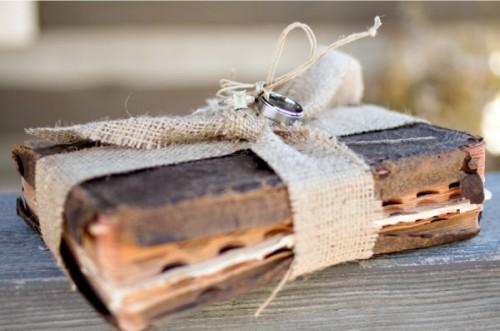burlap and book wedding inspiration