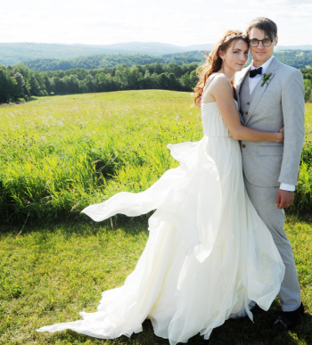 Bride and groom in teh Green Mountain State