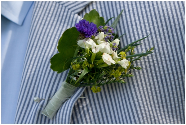 wildflower boutonniere on seersucker suit
