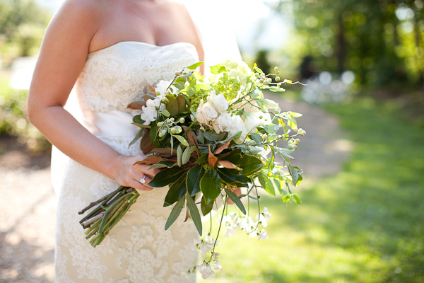 rustic white and green bridal bouquet
