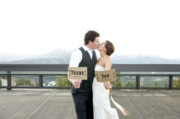 24-thank-you-signs-DAvello-Photography-Mammoth-Lakes-Wedding-600x399