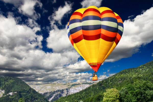 hot air balloon honeymoon
