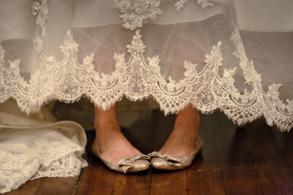 vintage lace wedding dress hem