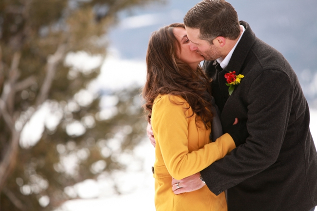 Colorado wedding ceremony first kiss