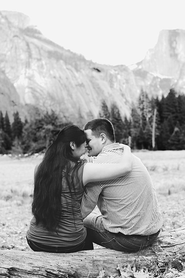 7-Yosemite-Engagement-DAvello-Photography