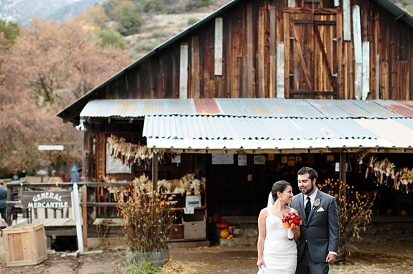 14-rustic-bride-and-groom-Ashley-Tingley-Photography