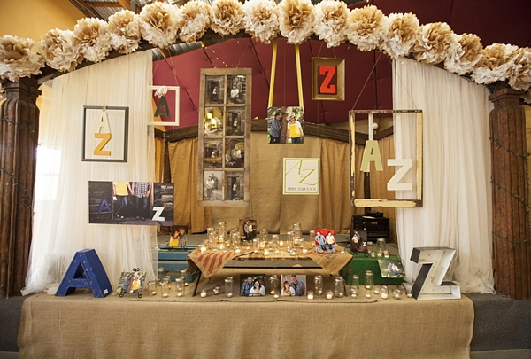 picture table with burlap and rustic decorations