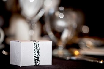 favor box with damask ribbon