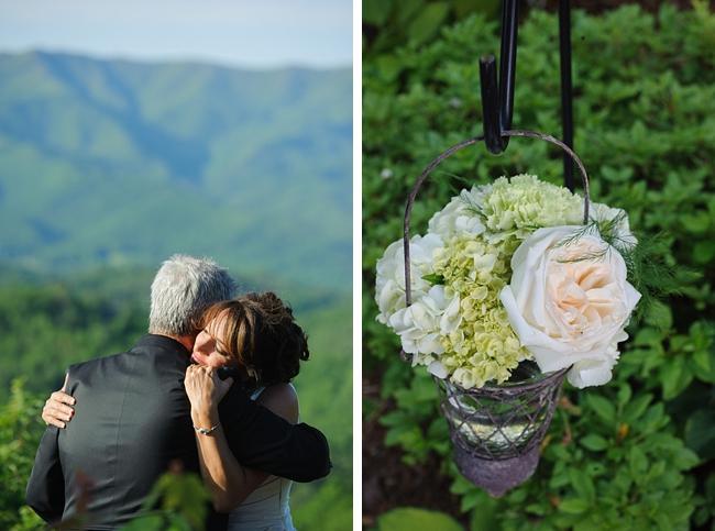 10-couple-flowers-hawkesdene-mountain-wedding-Torrence-Photography