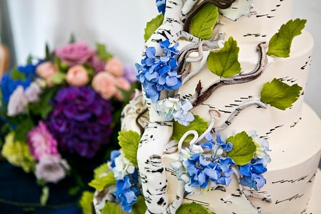 birch bark wedding cake | New Hampshire Mountain Wedding