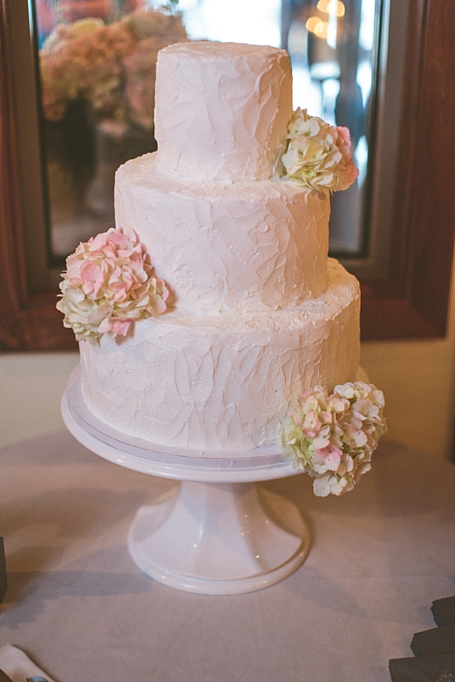 rustic elegant wedding cake