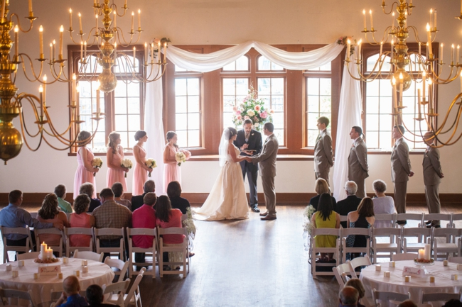 Wedding ceremony at Lookout mountain Tennessee