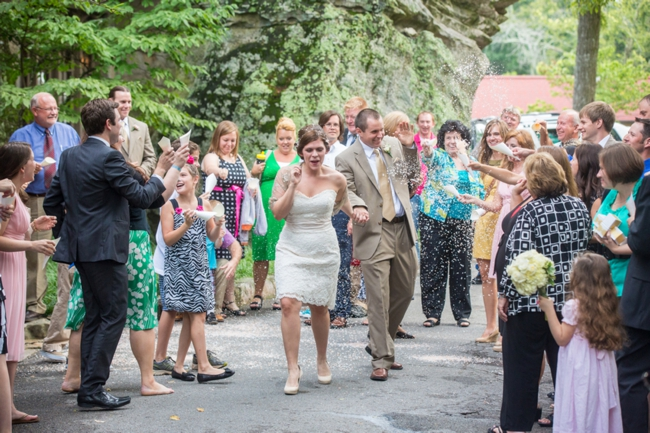 Tennessee bride and groom grand exit