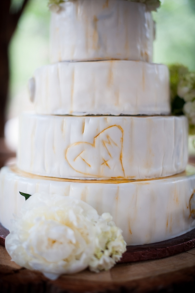 14-wood-inspired-cake-True-Bliss-Photography