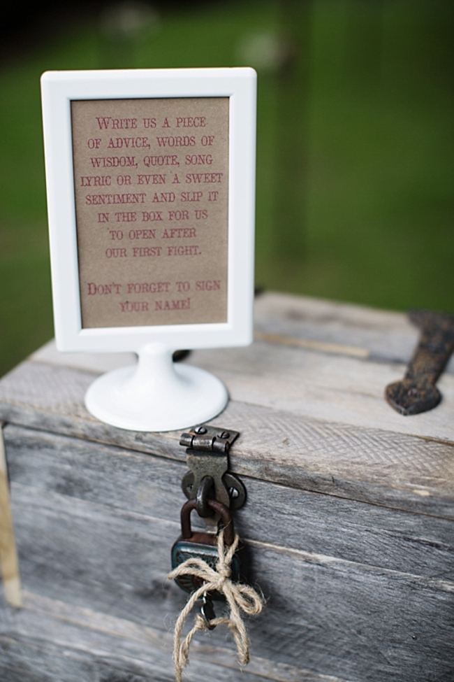 guest advice rustic chic wedding via https://mountainsidebride.com
