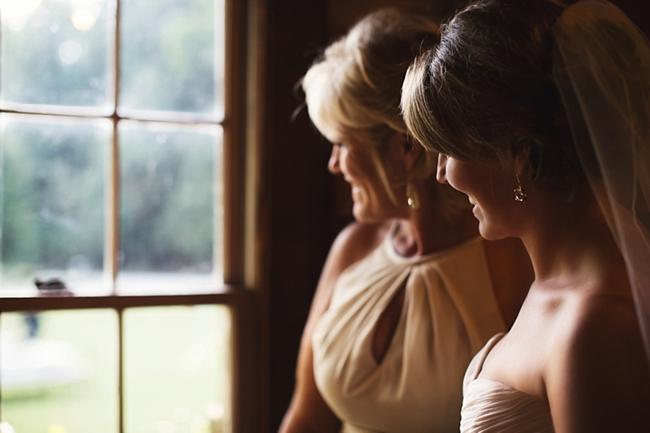bride waiting rustic chic wedding via https://mountainsidebride.com