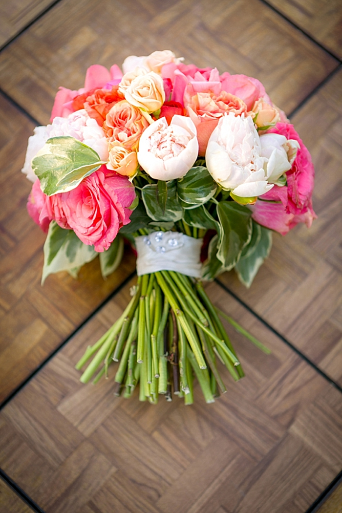pink and white romantic bouquet https://mountainsidebride.com