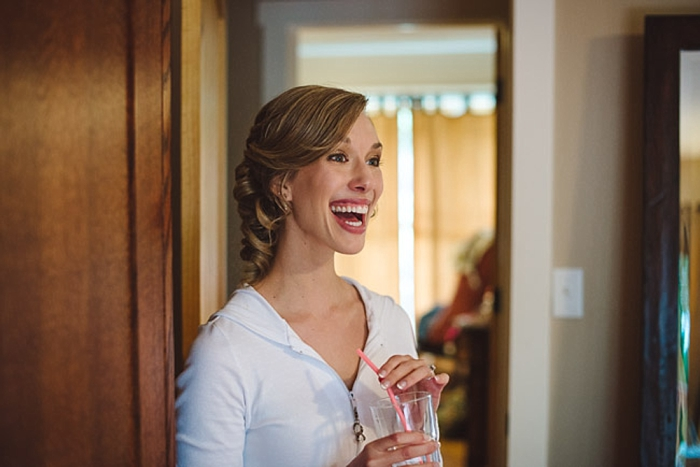 laughing bride via https://mountainsidebride.com