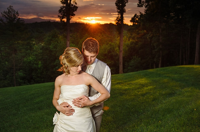 southern mountain bride and groom via https://mountainsidebride.com