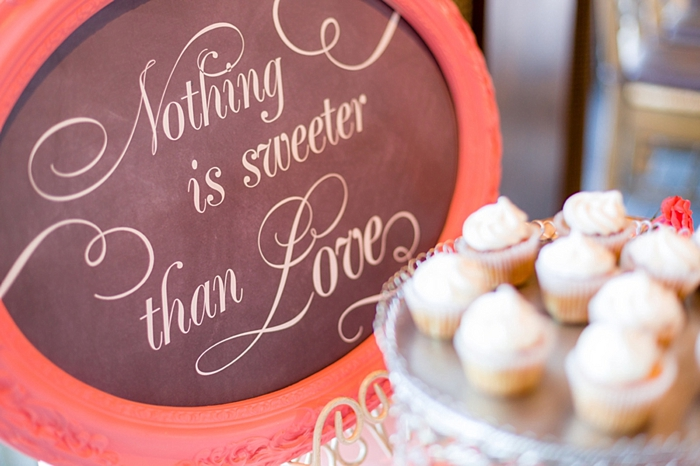 cupcake dessert table Tahoe Wedding via https://mountainsidebride.com