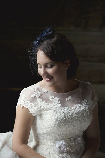 bride in lace dress with cap sleeves