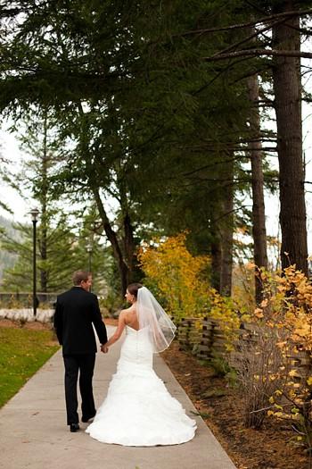 fall bridal portraits in Washington