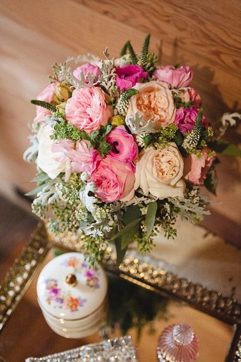 gorgeous vintage rose bouquet Tennessee Mountain Wedding