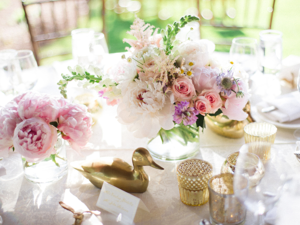 Pink and gold centerpiece via Elizabeth Anne Design
