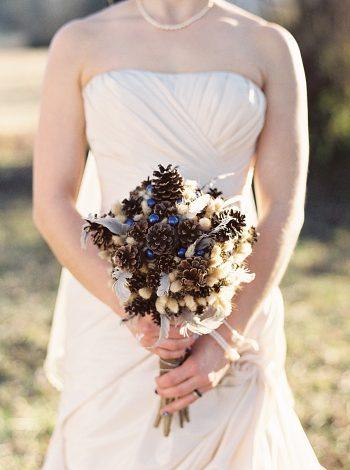 brides pine bouquet | JoPhoto |Townsend Tennessee