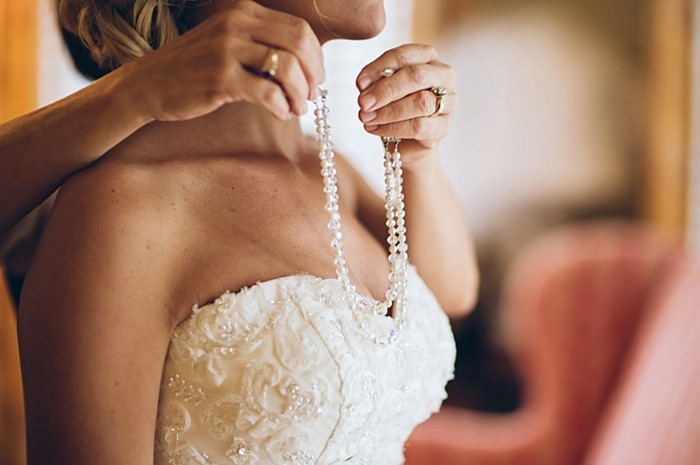 jewlery 2 | Old Edwards Inn Wedding | Crystal Stokes Photography
