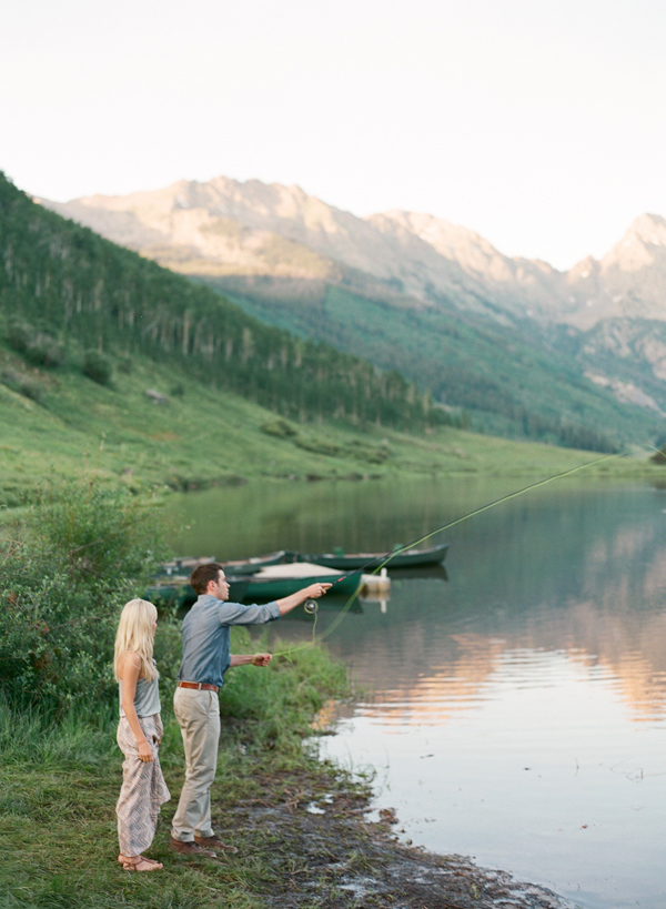 8-Laura-Murray-Mountains-and-Canoes-engagement-Vail