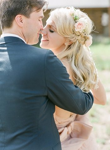 kiss Devils Thumb Ranch Wedding Laura Murray