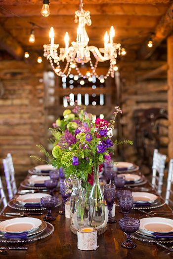 Beatuiful berry wedding inspiration |Stylist: Nicole Klosterman | Sarah Roshan Wedding Photographer | Venue: Strawberry Creek