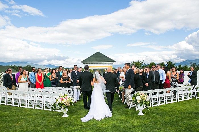 Mountain Grandview Resort Wedding | Photography by Anne Skidmore via @mtnsidebride