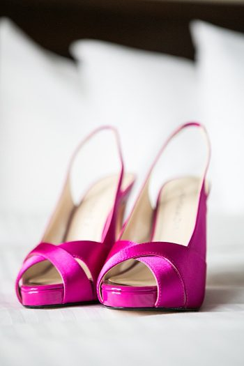 gorgeous hot pink wedding shoes | Photography by Anne Skidmore via @mtnsidebride