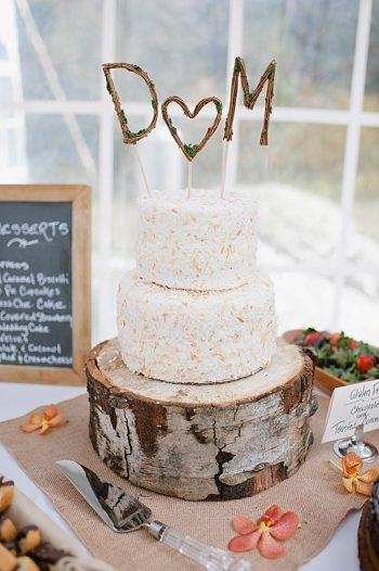 rustic wedding cake | steamboat springs wedding | Andy Barnhart