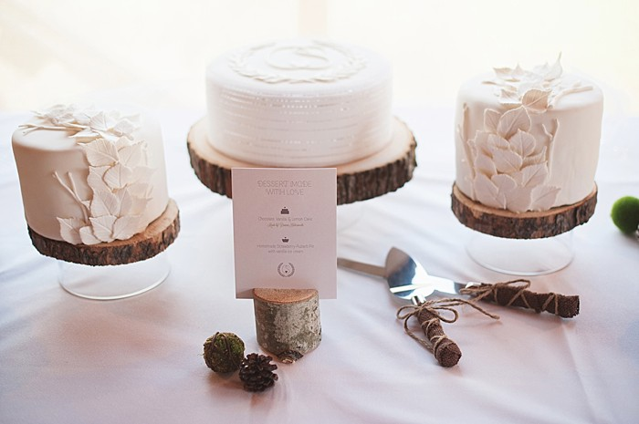 rustic wedding cakes on wooden stands | Pyramid Lake wedding | Jarusha Brown Photography