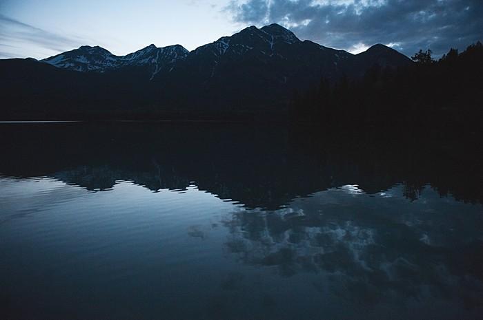 mountain lake at night | Pyramid Lake wedding | Jarusha Brown Photography
